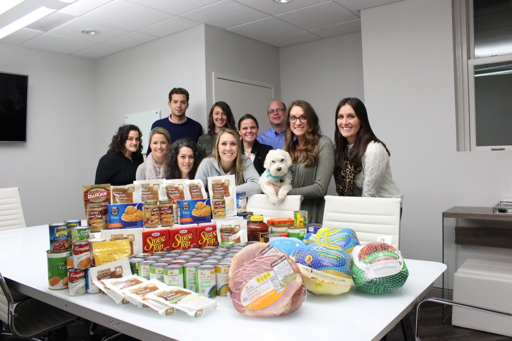 Reed & Associates Marketing Provides Meals to Local Families with Foodbank of Southeastern Virginia and the Eastern Shore thumbnail